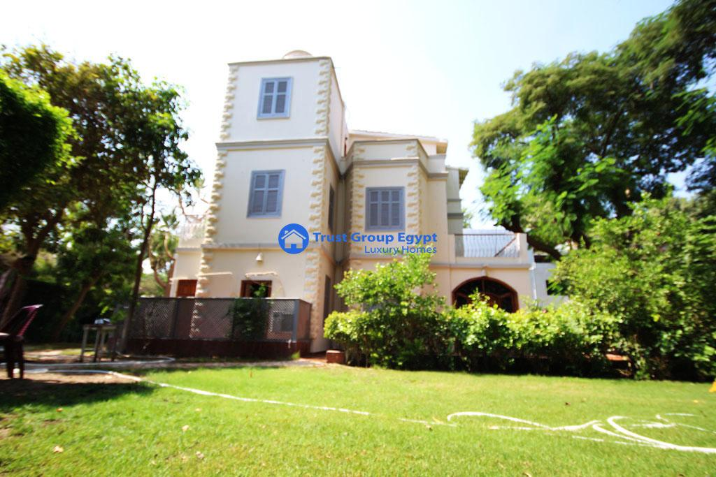 Lovely Villa For Rent  semi Furnished in Maadi