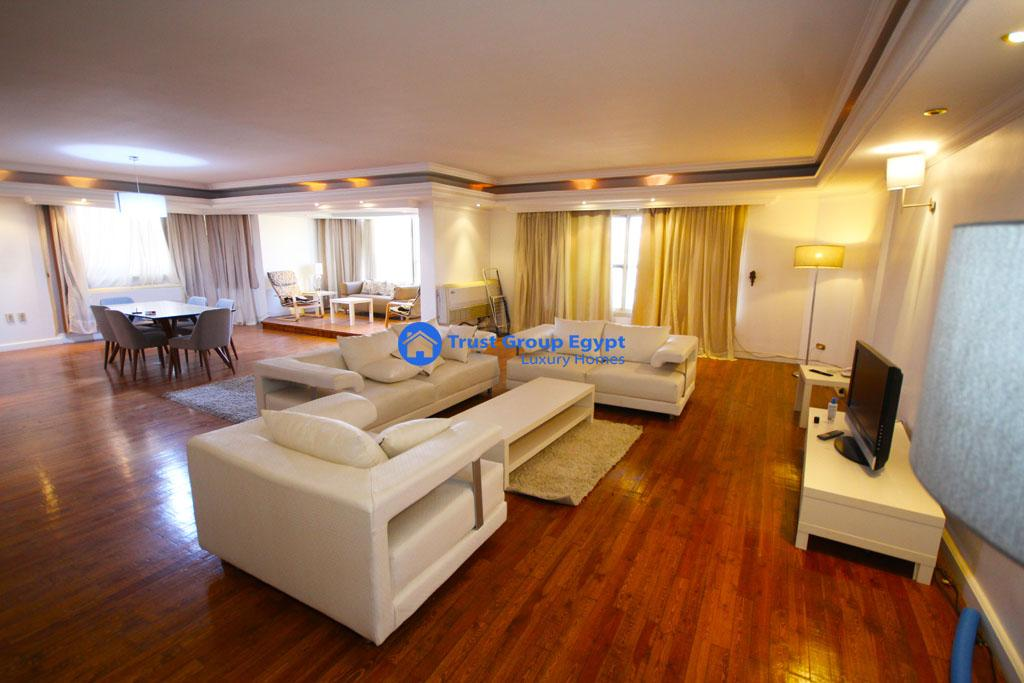 Modern apartment for rent in Degla close to