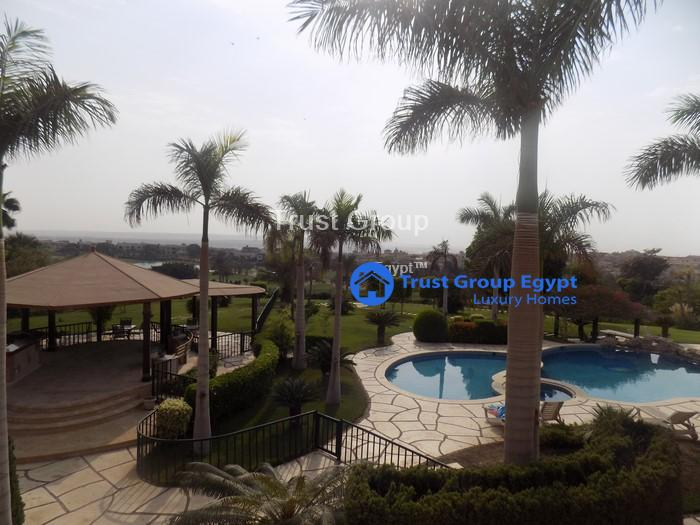 amazing clean villa for rent in katameya heigts