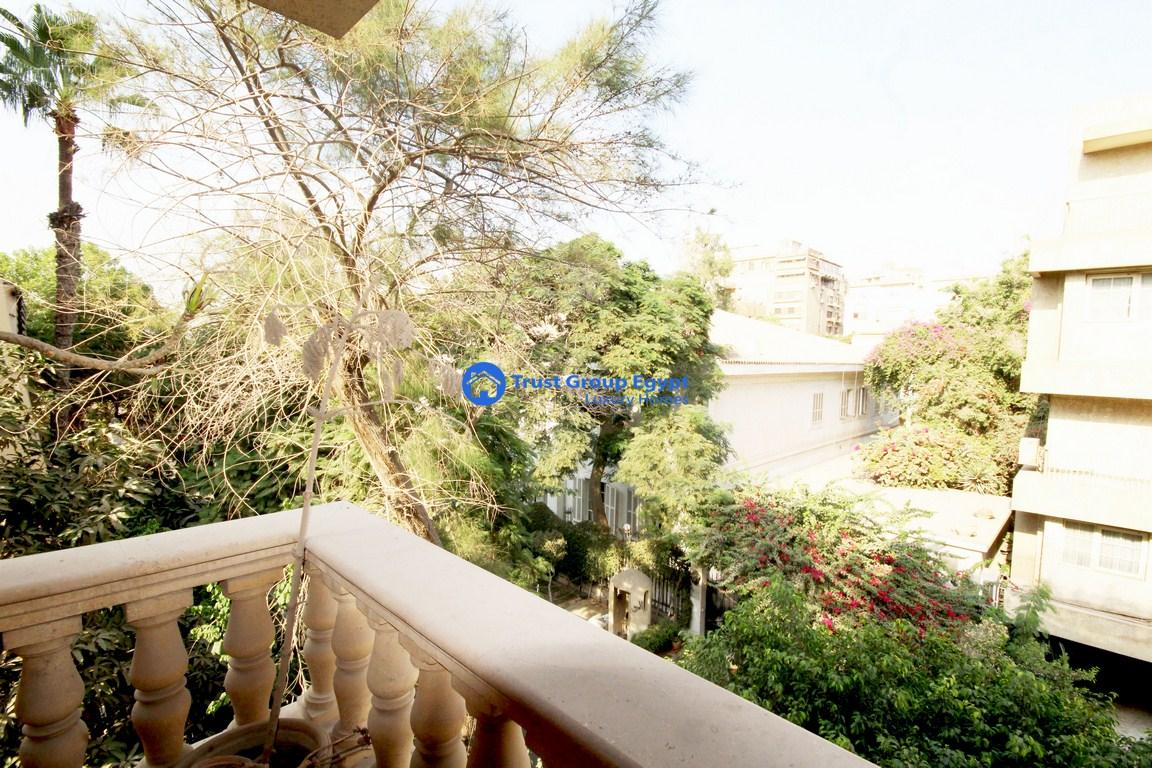 very bright apartment for sale in Maadi Sarayat (