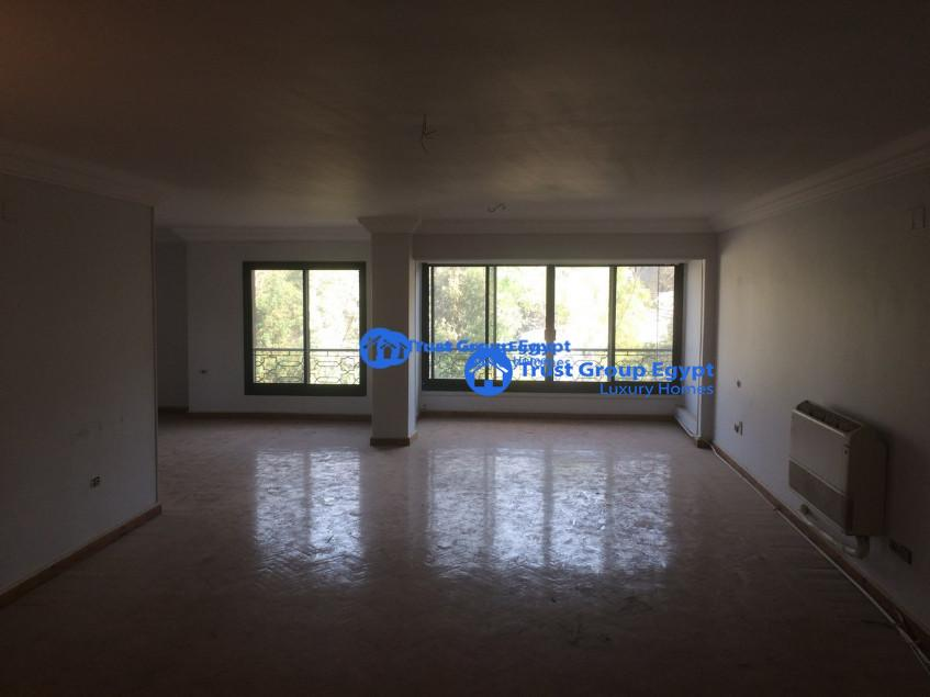 wonderful apartment for sale in maadi saryaat