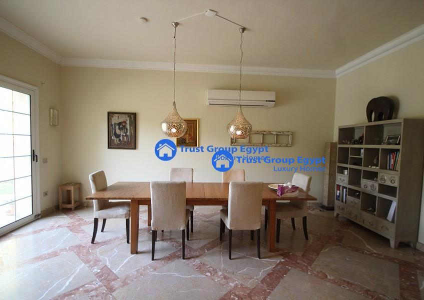 Luxurious very clean villa for rent in katamya highets
