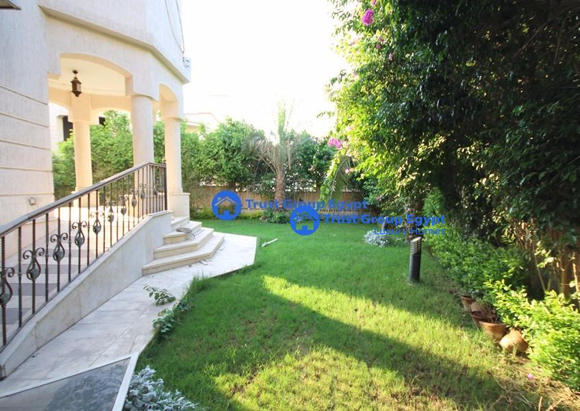 for rent In katamea residnce4 bedroom villa in excellent location, very clean villa